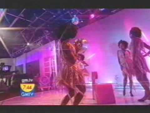 Geri Halliwell Ride It Live GMTV 2004