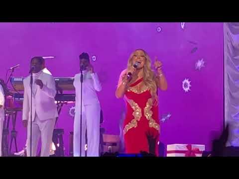 Mariah Carey Joy to the World Manchester 2017