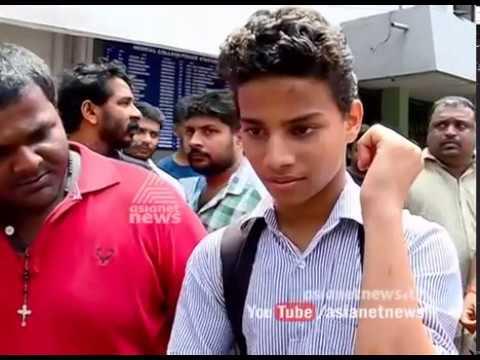 Motor Vehicle officer strikes student during helmet hunt in Kozhikkode