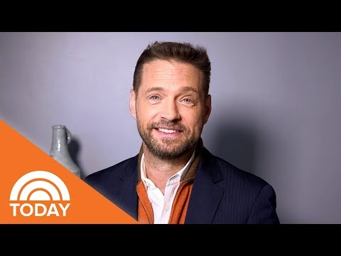 Jason Priestley Looks Back On 'Beverly Hills, 90210' And His 90s Stlye  TODAY