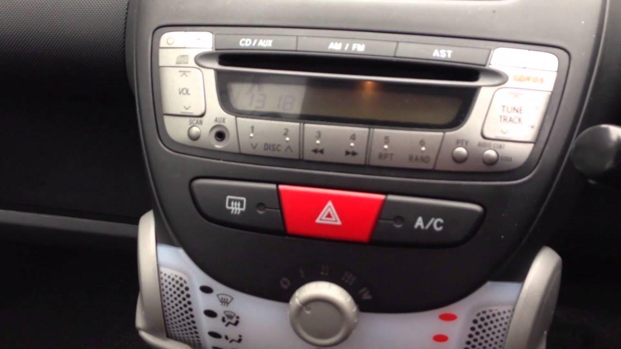 2013 Peugeot 107 5 Door 1 0 12v Active Vk63 Uug At St