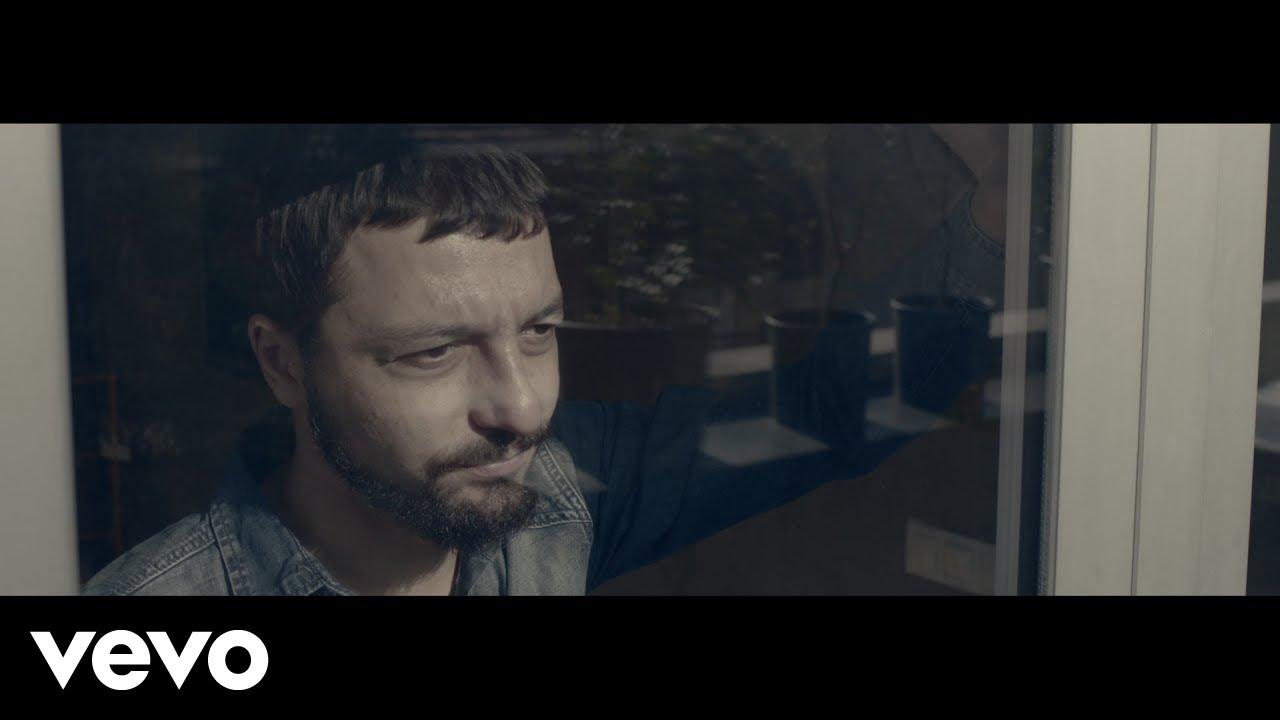Mehmet Erdem - Acıyı Sevmek Olur mu (Official Music Video)