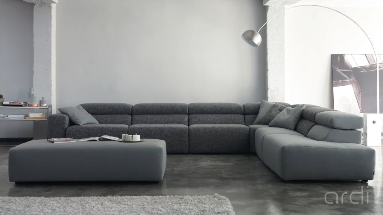 Sof s de dise o en barcelona youtube for Sofa rinconera exterior