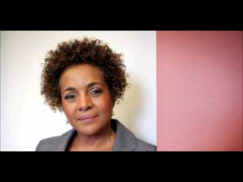 Michaëlle Jean, annonce la suspension d'Etat en cas de violation de la constitution