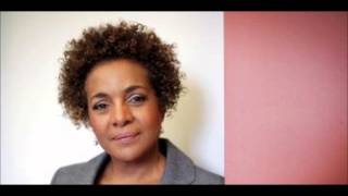 Michaëlle Jean, annonce la suspension d