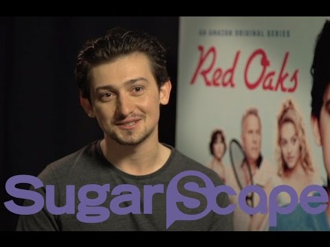 Craig Roberts plays catch and chats Submarine and Red Oaks