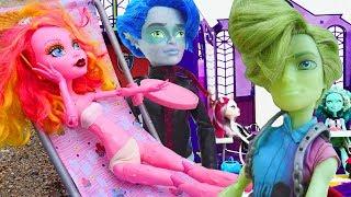 Monster High oyuncak bebekleriyle eğlenceli oyunlar
