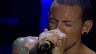 linkin park  Pushing Me Away live  from Projekt Revolution  2007 (piano) + lyrics