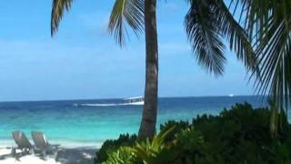 Мальдивы, остров Бандос, семейный отдых(В ноябре 2011 года мы второй раз отдохнули на Мальдивах. На этот раз остановили свой выбор на острове Бандос...., 2011-11-08T12:23:31.000Z)