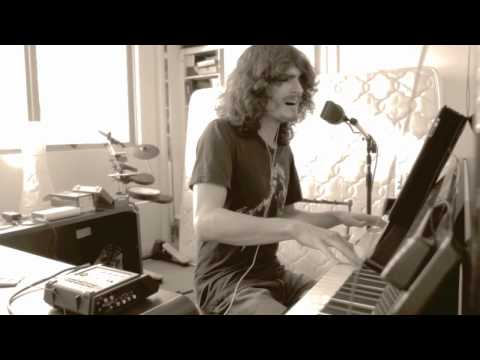 Rai Thistlethwayte - The Beatles - Come Together - Live Piano Acoustic with Loop Pedal