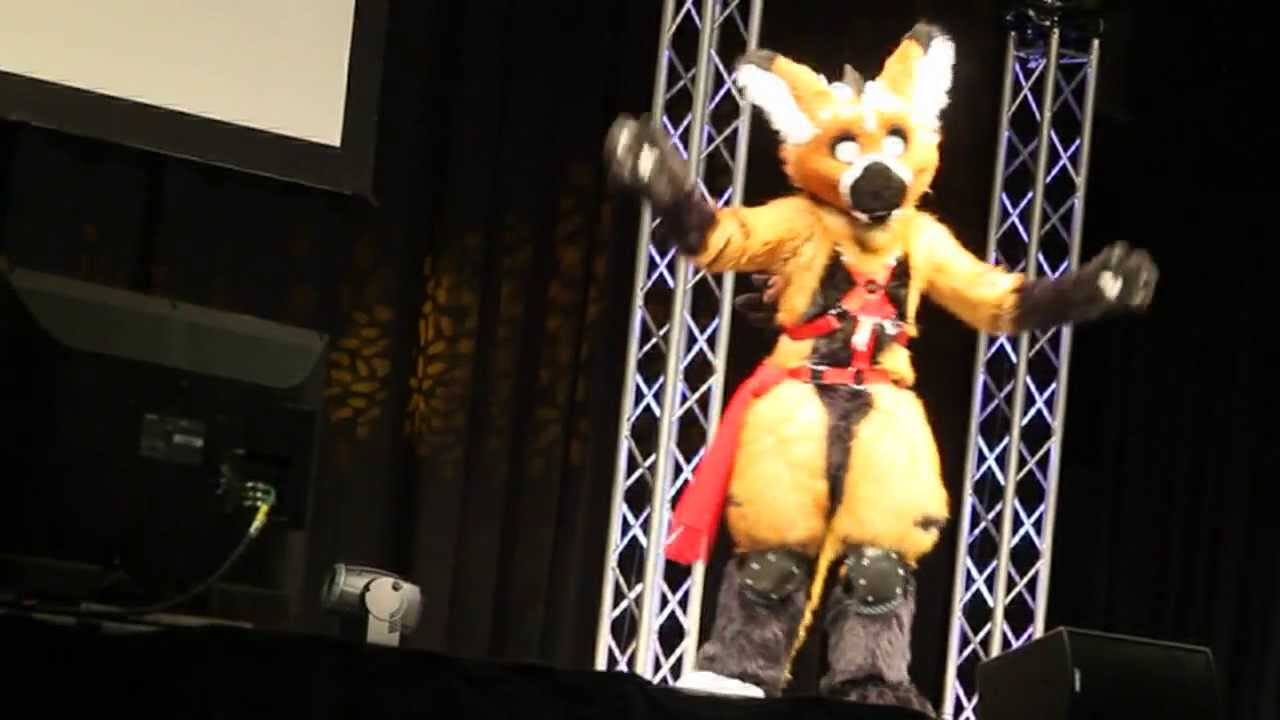 Anthrocon 2012 - Fursuit Dance Competition - Silver Wolf - YouTube