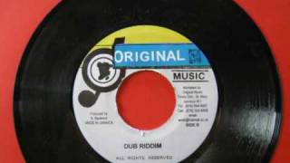 Earth Messenger Carry On & Dub Riddim
