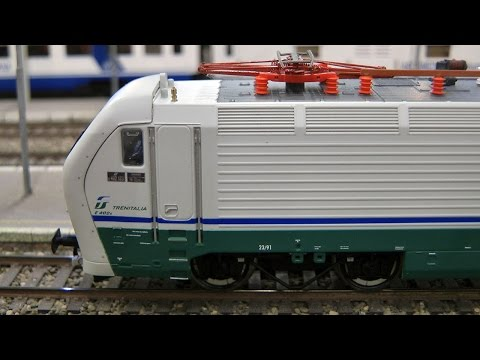 HO Gauge Modular Model Railway with Italian High Speed Train Frecciarossa by Trenitalia
