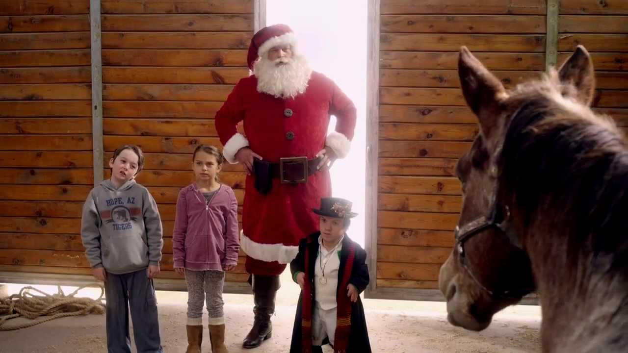 A COUNTRY CHRISTMAS Official Trailer 2013