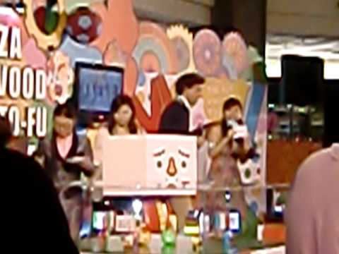 Mika in Hong Kong Plaza Hollywood 20100616