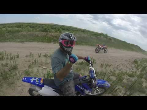 Dry river dirt bike ride! (Garden city, ks)