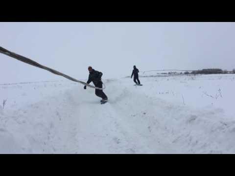 На сноуборде за машиной. Вятские Поляны, Ершовка, 2017.