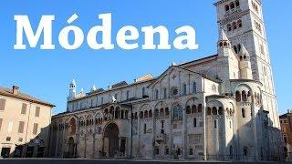 Módena y una calle llena de paraguas | ITALIA | Viajando con Mirko