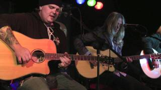 Black Stone Cherry - Lonely Train (live and acoustic)