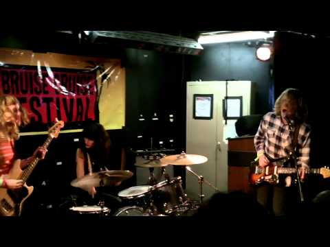 Ty Segall - 'Girlfriend' at Bruise Cruise