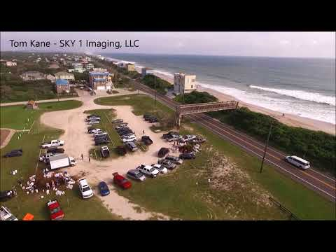 St  Augustine, Florida - Vilano Beach residents trying to hold back the ocean