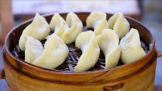 CHINESE DUMPLINGS : Street Food in Chongqing, China | NEVER-BEFORE-SEEN Chinese Street Food tour