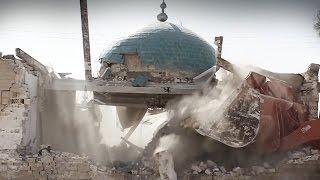 Islamic State Bombs Ancient Muslim Shrines in Iraq