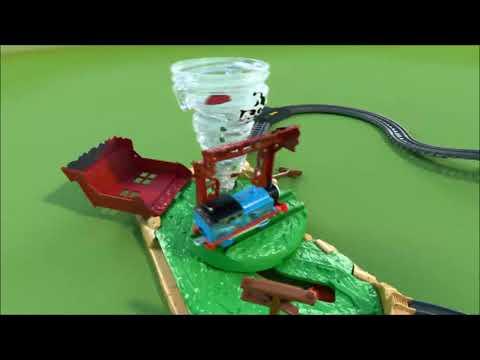 Smyths Toys - Fisher-Price Thomas & Friends TrackMaster Twisting Tornado Set