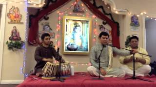 Suhas Subramanya on Tabla with Pt.Ravi jii singing at shri mandhir - SD