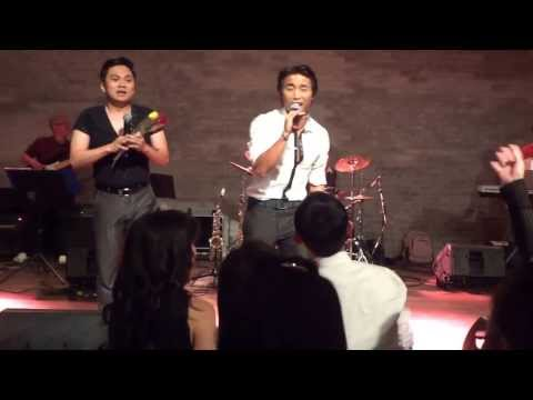 """Dan Nguyen and Kevin Khoa singing """"Tinh Phai"""" LIVE in Oslo, Norway (Oct 4, 2013)"""