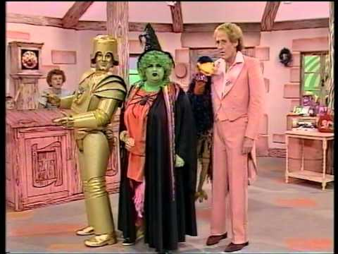 Emu's All Live Pink Windmill Show S1E1 (1984) - FULL EPISODE