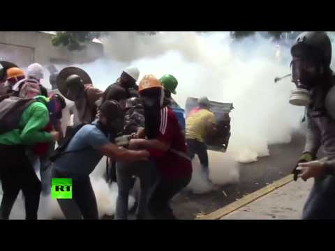 March turned into chaos: Anti-govt protests, clashes intensify in Venezuela