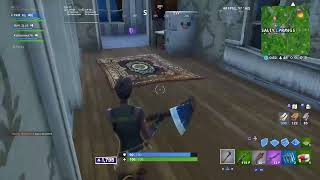 Cracked controller player playing Fortnite