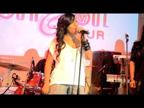 "Melanie Fiona Perform ""4AM"" Live @ Black Girls Rock & Soul Tour"