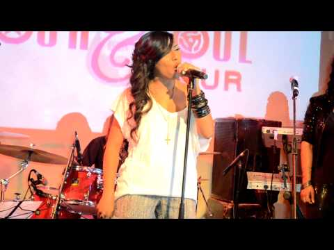 "Melanie Fiona Perform ""4AM"" Live @ Black Girls Rock & Soul Tour"