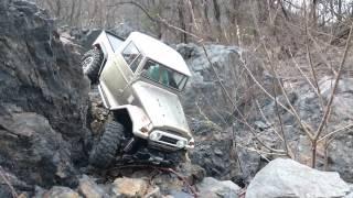 Repeat youtube video Tamiya CC-01 Rock crawling in C.N.K. Rock 2016/3/27