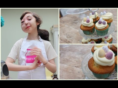 Una youtuber de 11 años inició una campaña por su extraña enfermedad