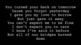 Repeat youtube video Maroon 5 Feat. Wiz Khalifa - Payphone (Lyrics)