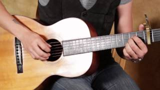 How to Play - Something in the Way She Moves by James Taylor - Fingerstyle Acoustic Guitar Lesson