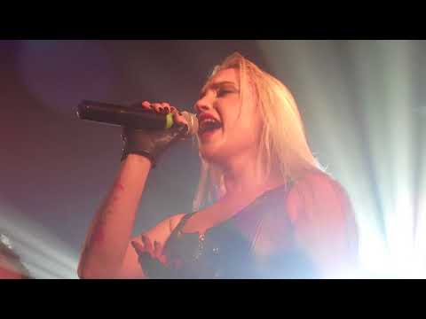 Scarlet Aura - You're Not Alone (Live)