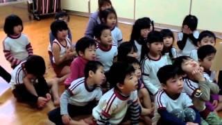 田川市べにゆり保育園での、30年続いている絵本読み聞かせ会です。 2...