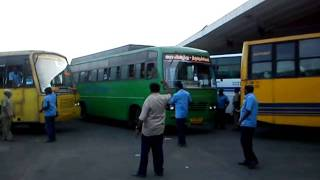 tnstc bus moving out of cmbt 1