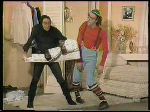 """""""Fridays TV Show"""" (1981) [Show B-02]  """"Monster Dearest""""  [02 of 10]"""