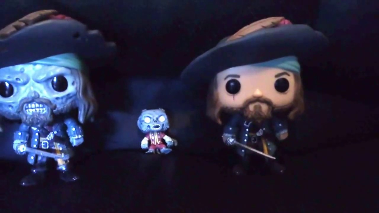 BARBOSSA PIRATES OF THE CARIBBEAN MINI-MATES JACK SPARROW vs