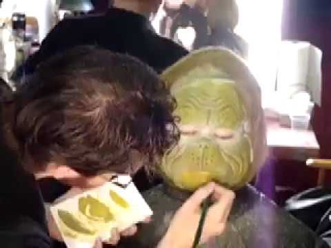 Grinch Makeup application - YouTube Jim Carrey Grinch Makeup