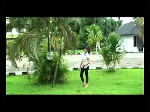 Video Clip Lagu Tolitoli Emanina By Apri.mp4