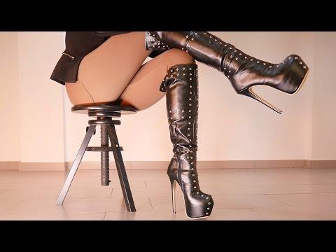 Wifey in stunning Short dress & big boobs! The best MilfKaynak: YouTube · Süre: 1 dakika44 saniye