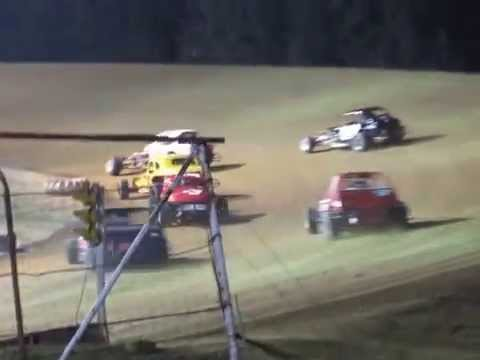 Dog Hollow Speedway Feature