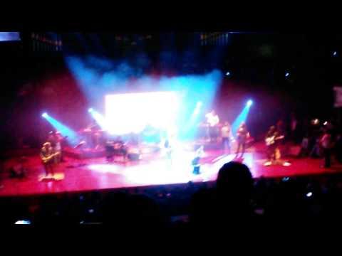 Arijit Singh singing Sun Raha Hai Na Tu and Tum Hi Ho - Last Performance - Live in Holland