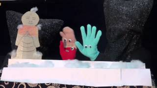 今年ワークショップWARAが取り組んだ人形劇。 童話の指人形劇化バージョン「カタッポ」